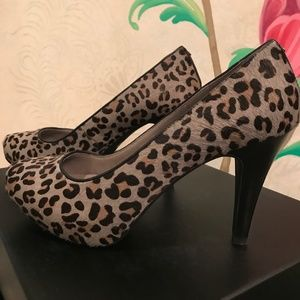 Kenneth Cole Pony Hair Leopard Pumps-Size 9